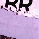 Photo, photographie de détail de coque de bateau du Finistère, noir, violet, rose, quartier maritime de Brest @ Christophe Pluchon
