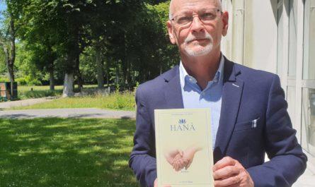Le chirurgien brestois spécialiste de la main, Dominique Le Nen publie une version augmentée de son roman Hanà chez Donjon Editions