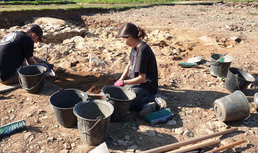 Les fouilles archéologiques au cairn de Goassec'h à Carhaix-Plouguer [Septembre 2021]